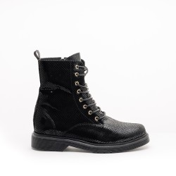 SnakeBlack Leather 412